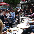 Attente des résultats au Grand Café avec Jacques Kossowski