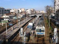 Courbevoie_Gare_Bécon_Les_Bruyères